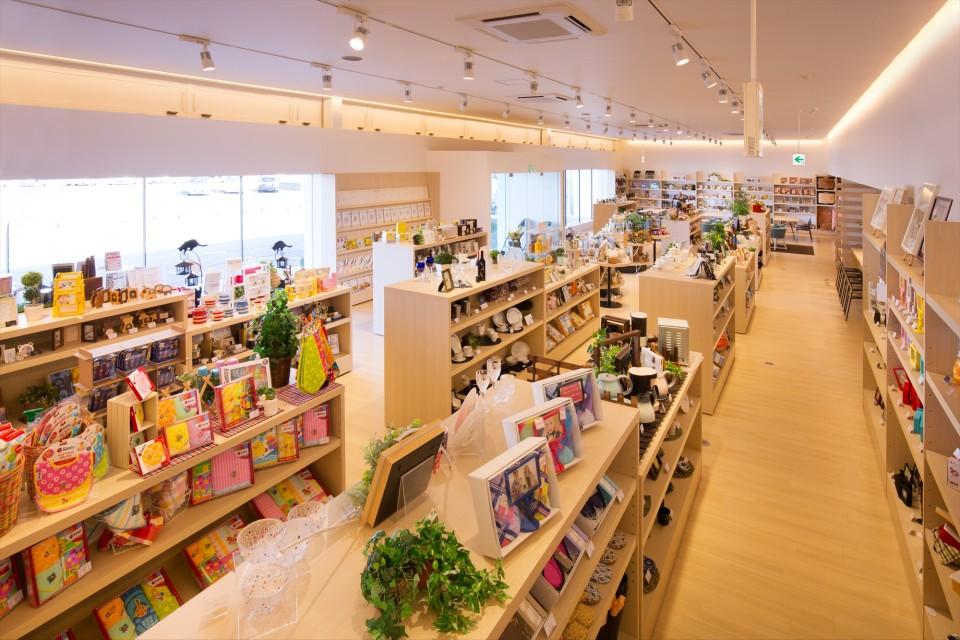 KAWANO 小松島店